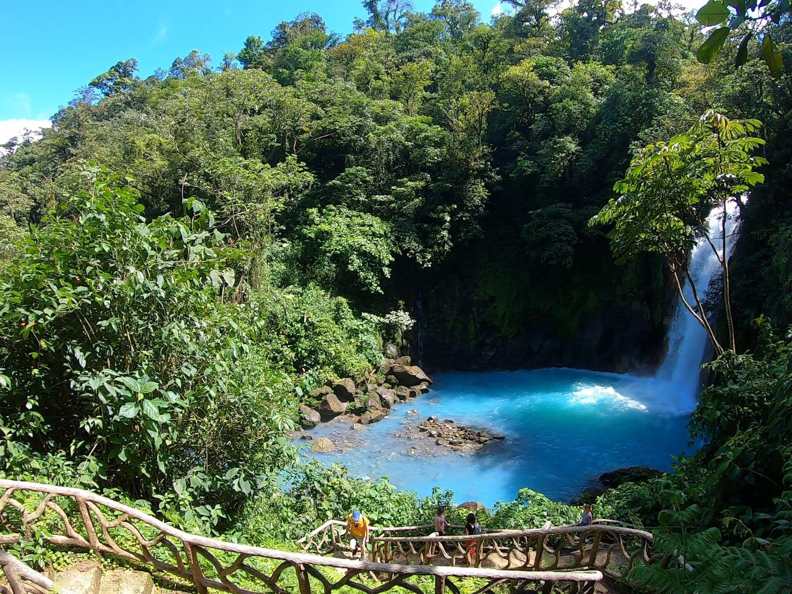 A magical day visiting Rio Celeste and the Tenorio Volcano National Park